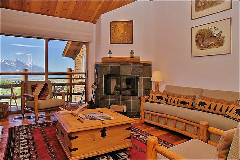 Upper Living Room - Teton Views, Vaulted Ceilings & Wood Fireplace. - Pool & Tennis Courts in Summer Only - Amazing Views from Both Living Rooms (6942) - Jackson - rentals