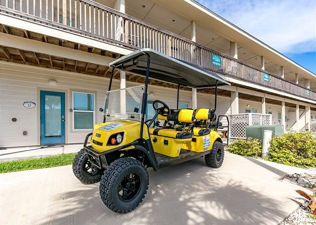 Free Golf Cart - Pepper's Perfect Paradise: FREE 6 Seat Golf Cart, Walk to Beach, Pets, Pool - Port Aransas - rentals