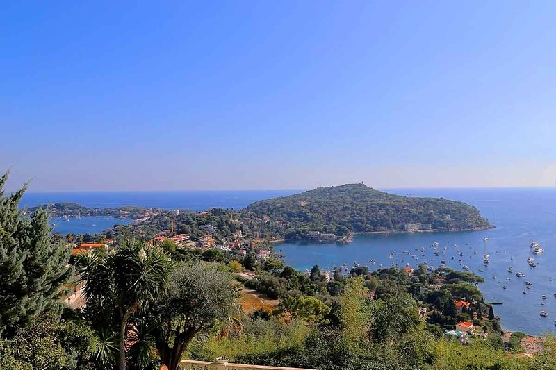 Ulysse - Villefranche sur Mer Rental with Lovely Cape Ferrat View, Helpful Staff, Heated Splash Pool - Image 1 - Villefranche-sur-Mer - rentals