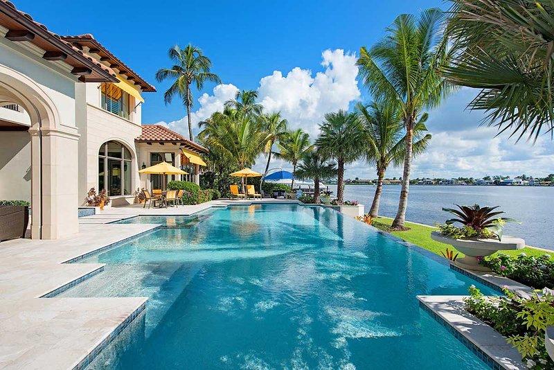 Vista Point Estate, Sleeps 8 - Image 1 - Naples - rentals