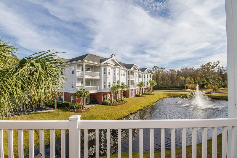 Golf course condo w/ driving range, night golf, tennis, mini golf! - Image 1 - Garden City - rentals