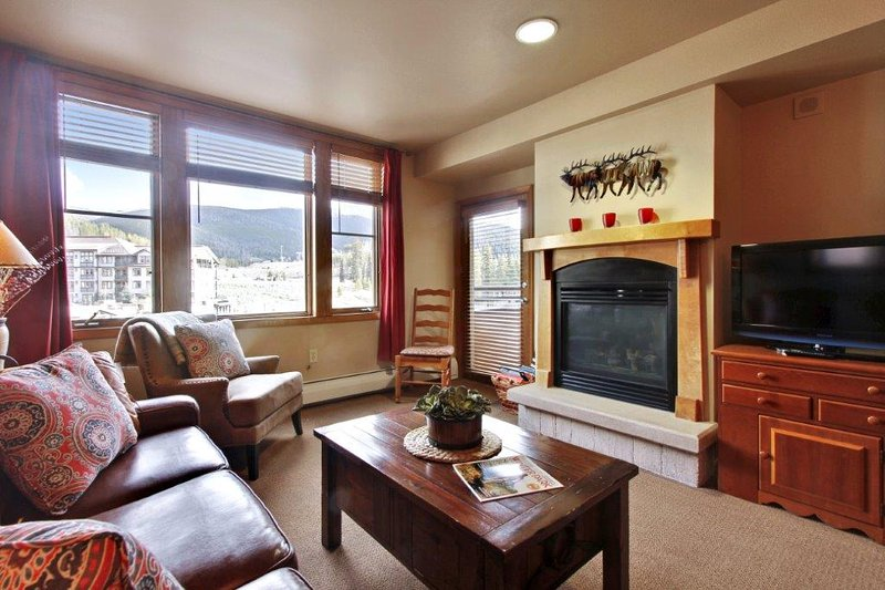 Lovely mountain condo with warm and inviting decor - Zephyr Mountain Lodge 2413 - Winter Park - rentals
