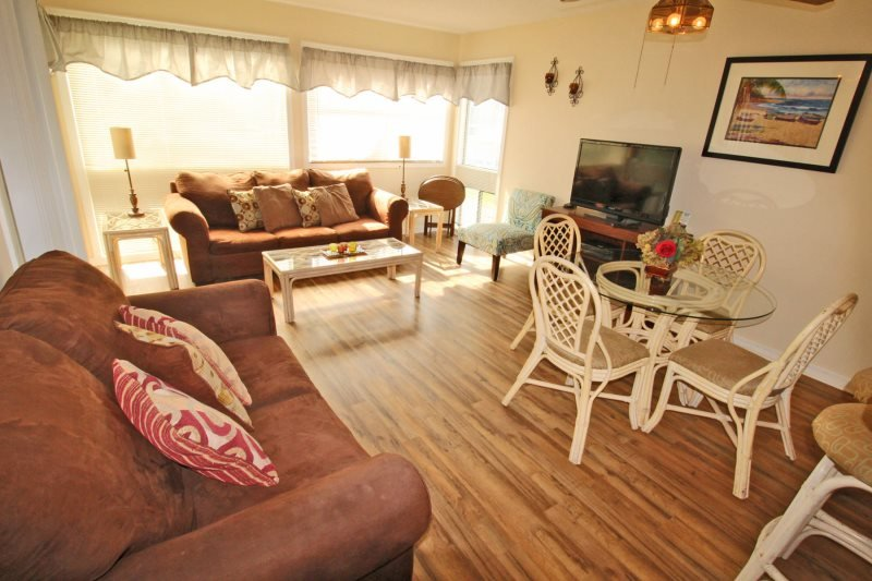 Only 1 Block to the Beach! 2 Pools, BBQ area, Playground, Sports Bar 16264 - Image 1 - Arcadian Shores - rentals