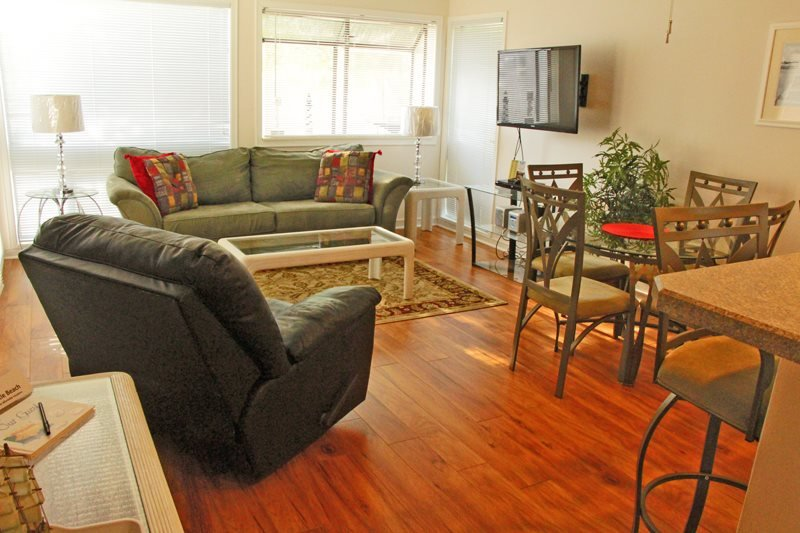 Awesome Vacation Condo-Free WiFi - Image 1 - Myrtle Beach - rentals