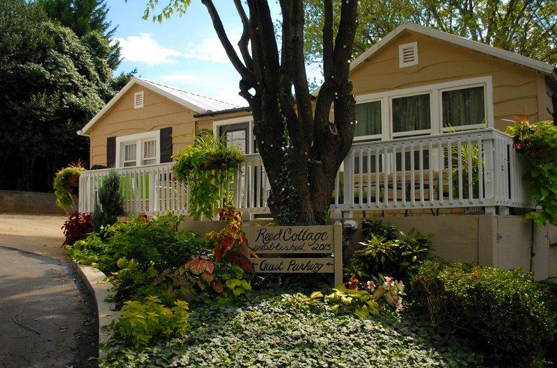 Reed Cottage - Image 1 - Asheville - rentals