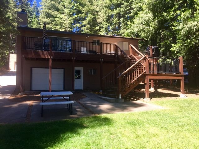 Back of house - Wright - Country Club LAKEFRONT with Back Lawn, Dock & Buoy - Lake Almanor - rentals