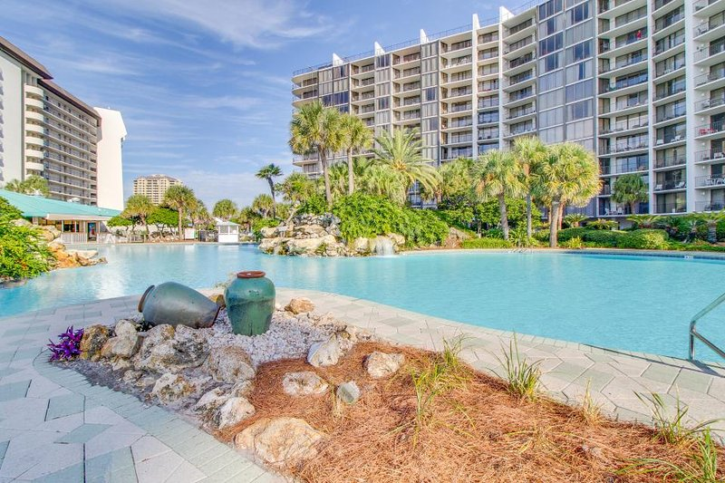 Views, pools, & hot tubs in this unmatched beachfront abode! - Image 1 - Panama City Beach - rentals