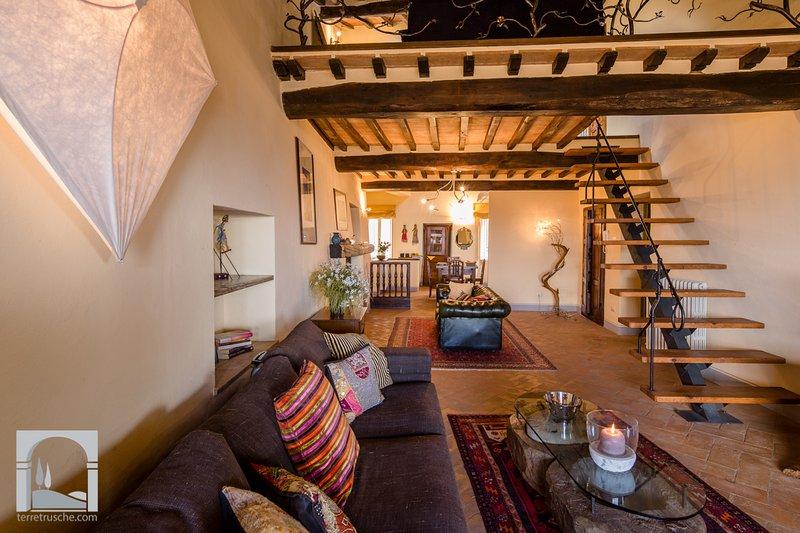 Casa La Dolce Vita beautiful panoramic windows. - Image 1 - Cortona - rentals