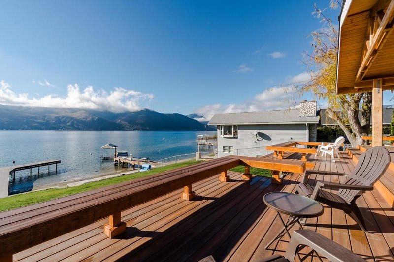 Lovely lakefront home w/private dock & spacious back deck facing Lake Chelan! - Image 1 - Chelan - rentals