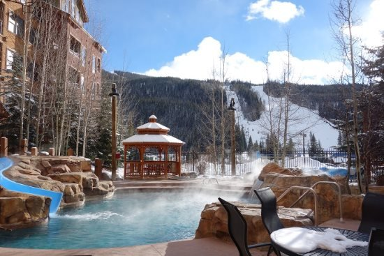 75 yards to the Keystone gondola and ski lifts - Keystone CO | 8824 The Springs *2 bd 2 bth 75 yards to GondolaKeystone CO - Keystone - rentals