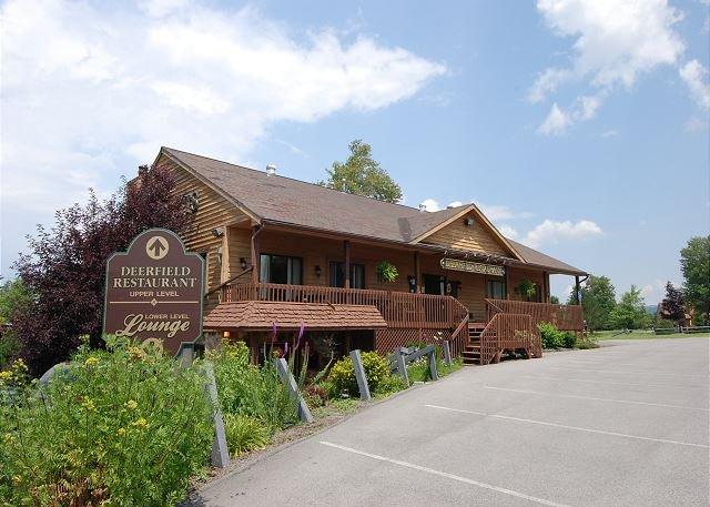 Deerfield Resturant - Deerfield Village 067 - Davis - rentals