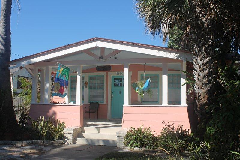 Coronado Palms Coastal Cottage - Coronado Palms Coastal Cottage - Pet Friendly - Galveston Island - rentals
