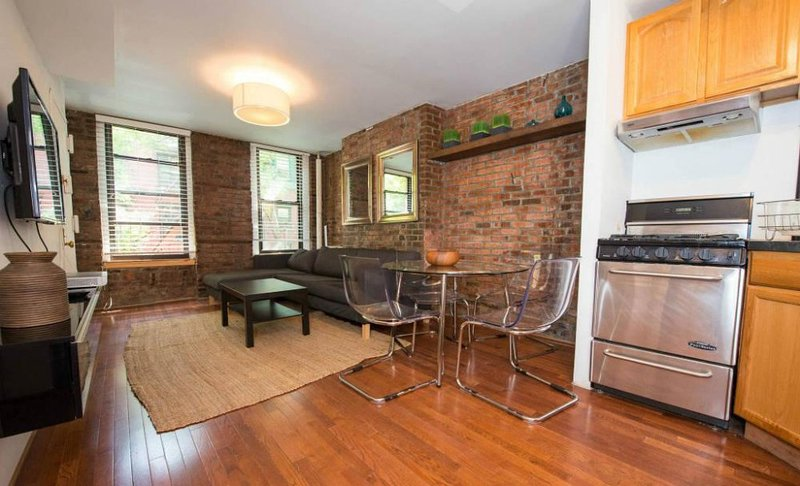 Comfortable 2 Bedroom SoHo Apartment - Lovely Exposed Brick Detailing - Image 1 - New York City - rentals