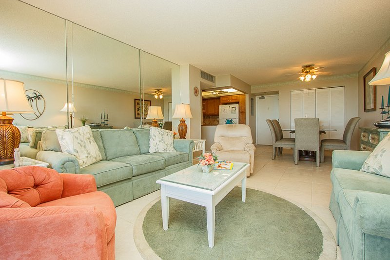 Living Room - SST4-510 - South Seas Tower - Marco Island - rentals
