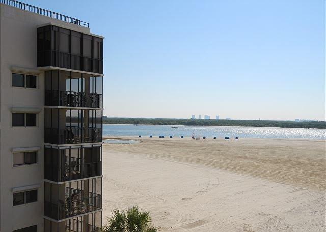 Castle Beach Unit 403 - Image 1 - Fort Myers Beach - rentals