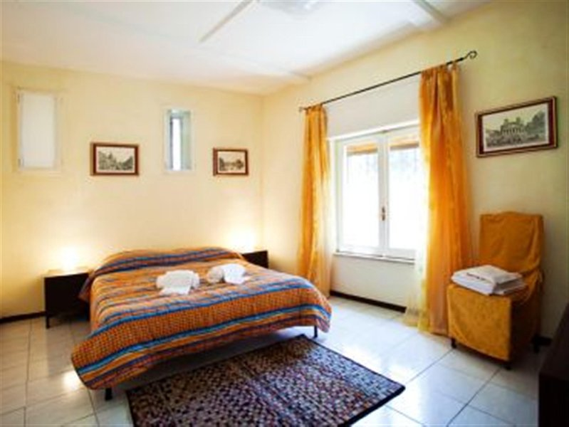Bedroom 1 - Trastevere-Romantic Apt.100m² WiFi/Parking/Tel./2BR/2BA - Rome - rentals