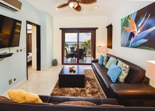 El Faro Surf 304 Playa del Carmen Living Room  - Sparkling Caribbean Sea views!! (EFS304) 35% off - Playa del Carmen - rentals