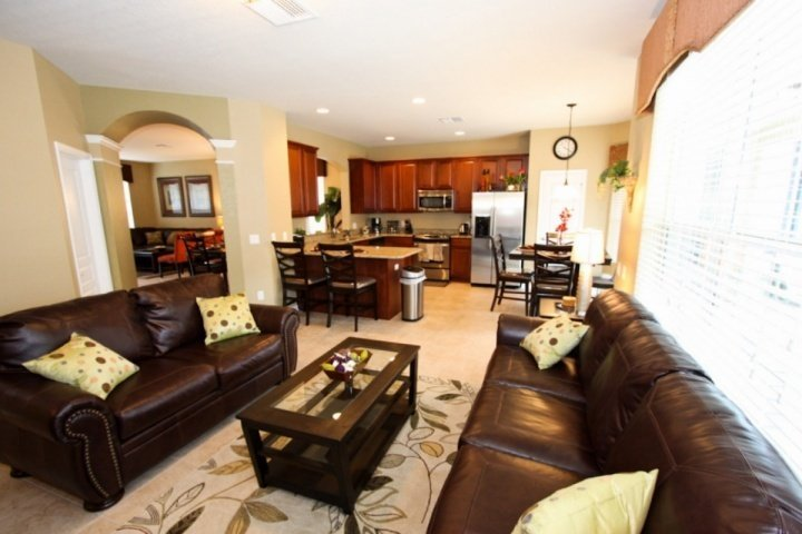 Spacious inviting floor plan to relax - Luxury 6 Bedroom Home with Pool at Windsor Hills Resort - Kissimmee - rentals