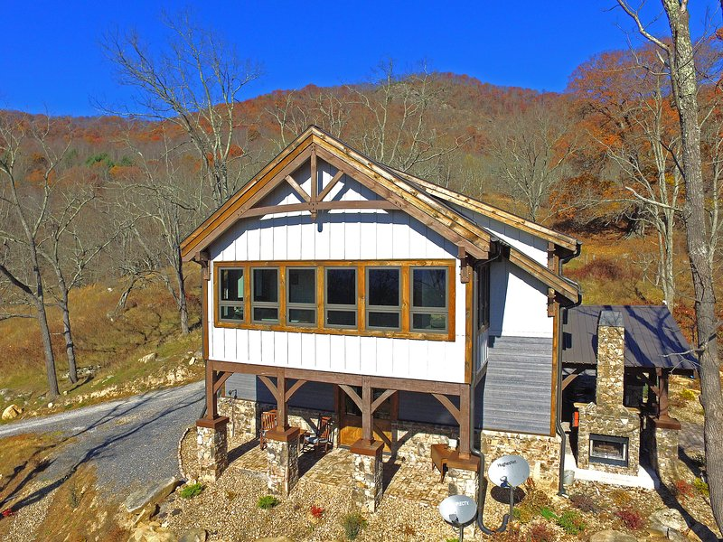 Just A Total Jewel - Jewel in the Skye - Best views in the clouds - Asheville - rentals