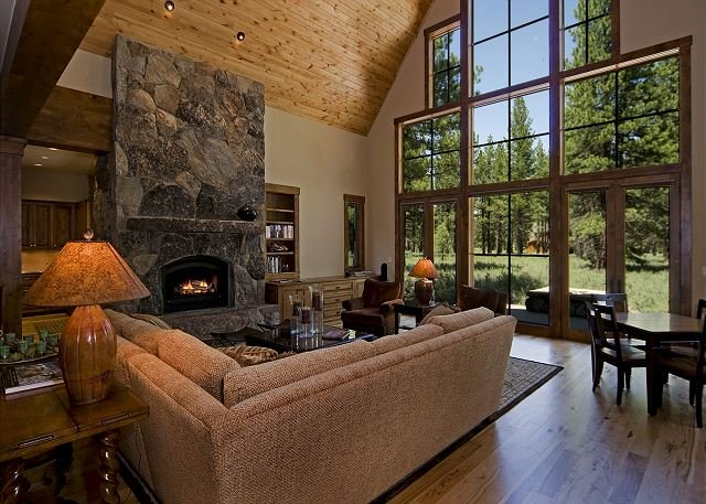 CraftsmanLodge - Beautiful, Spacious 4BR in Old Greenwood w/ Pool Table & HOA - Image 1 - Truckee - rentals
