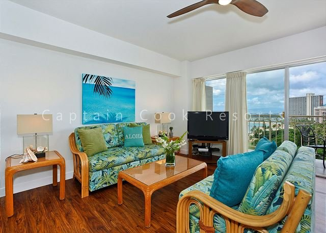 Oceanview 1-bedroom, full kitchen, washer/dryer, A/C, WiFi, sleeps 4. - Image 1 - Waikiki - rentals