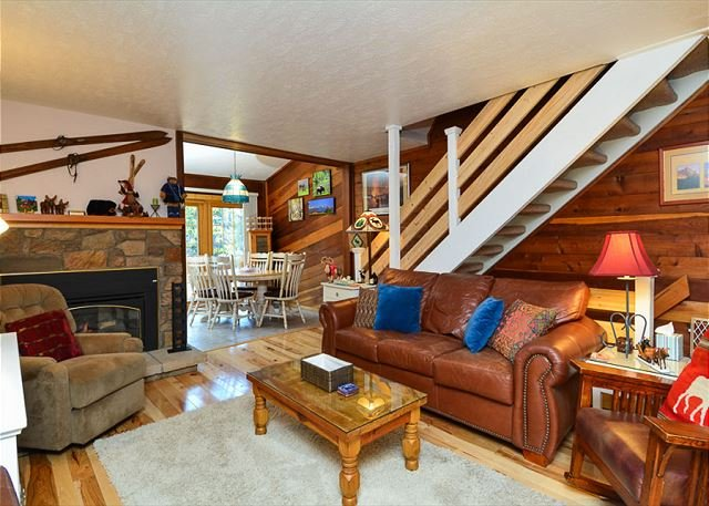 Sunset Living Area Breckenridge Lodging Vacation Rental - Sunset 5 Ski-in/Ski-out Townhome Breckenridge Colorado Vacation - Breckenridge - rentals