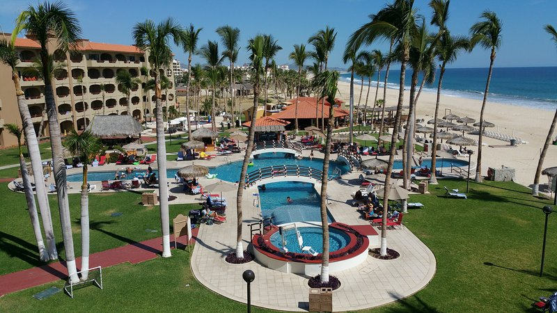 From your balcony you can see it all. - ** Pat's Oceanfront Condo Coral Baja Resort ** - San Jose Del Cabo - rentals