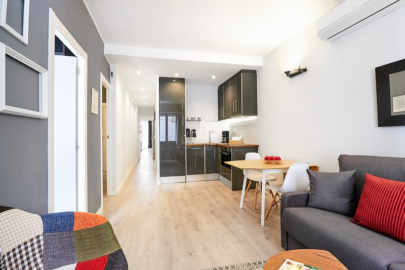 Living room - Urban District - MA31 Apartment with terrace (2BR) 2B - MID TERM RENTALS - Barcelona - rentals
