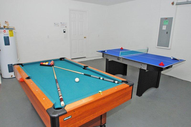 Games room - 140RD-Sunset Hill - Davenport - rentals