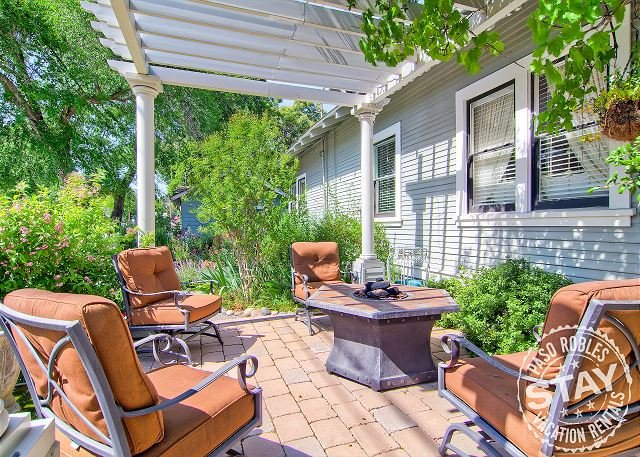 Poe House--Romantic Getaway or Perfect Family Gathering Place - Image 1 - Paso Robles - rentals