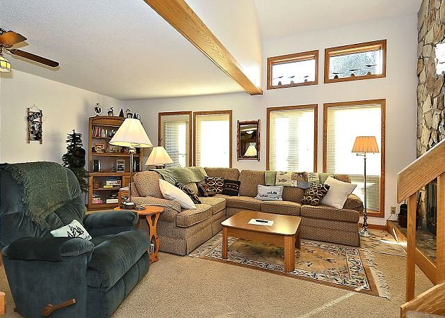 Cute 2 bedroom condo located in the heart of Canaan Valley, WV ski country! - Image 1 - Davis - rentals