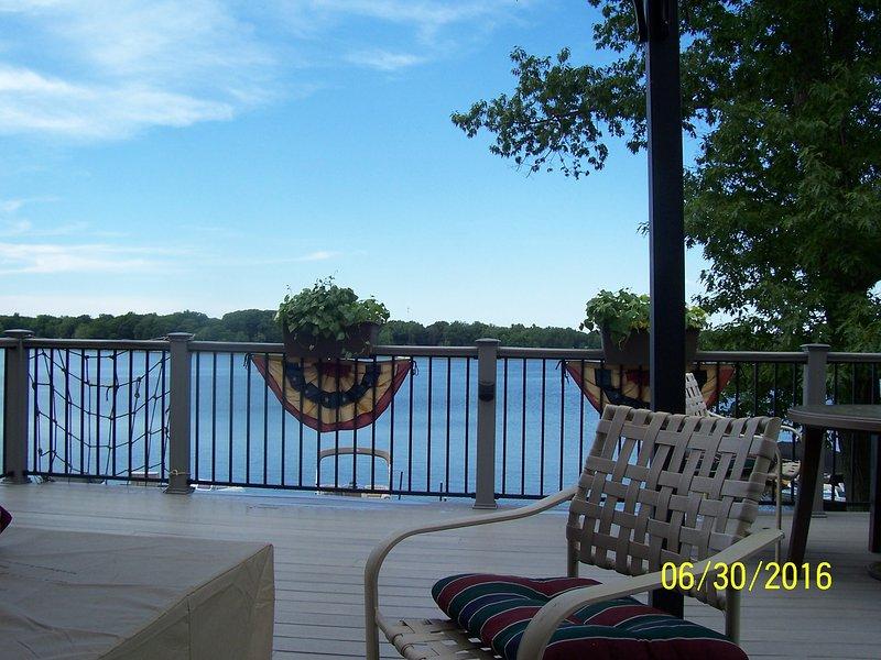 Lakefront cottage on scenic Hudson Lake - Image 1 - New Carlisle - rentals