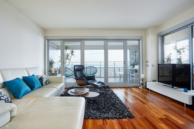 Living Room with access to the terrace - Luxury Penthouse Beach View (2BR) - Barcelona - rentals