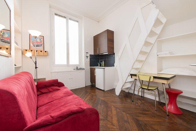 Studio Magenta Rental by North Station in Paris - Image 1 - Paris - rentals