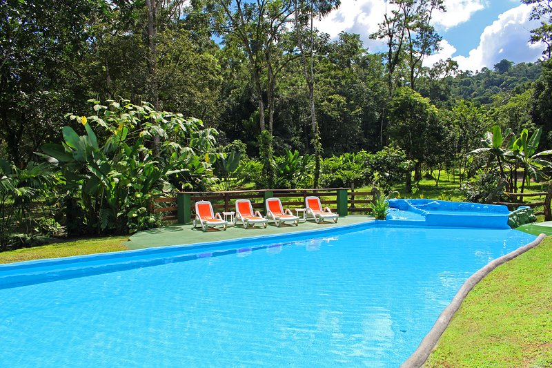 Welcome to Arenal Rain Forest Estate; a three bedroom house with a/c and a pool! - Fortuna's Best - Arenal Rain Forest Estate - La Fortuna de San Carlos - rentals