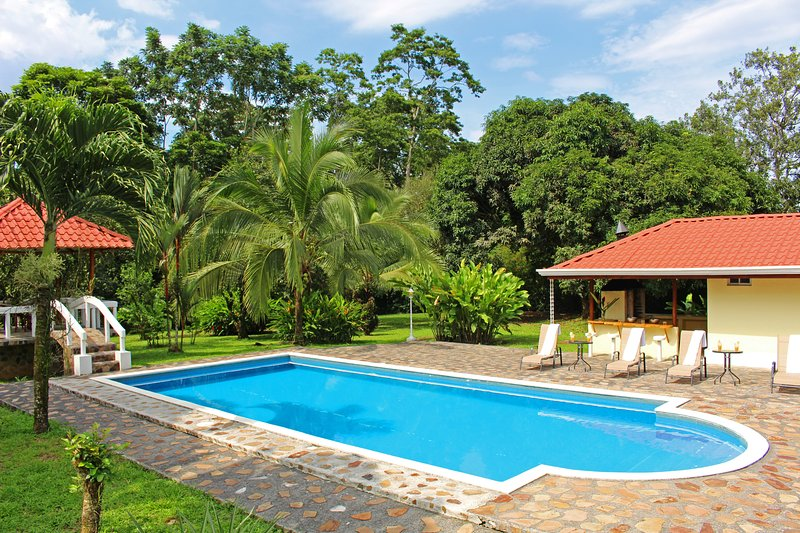 Emerald Estate: aptly named due to the lush greens throughout this gem property. - Fortuna's Best - The Exclusive Arenal Emerald Estate - La Fortuna de San Carlos - rentals