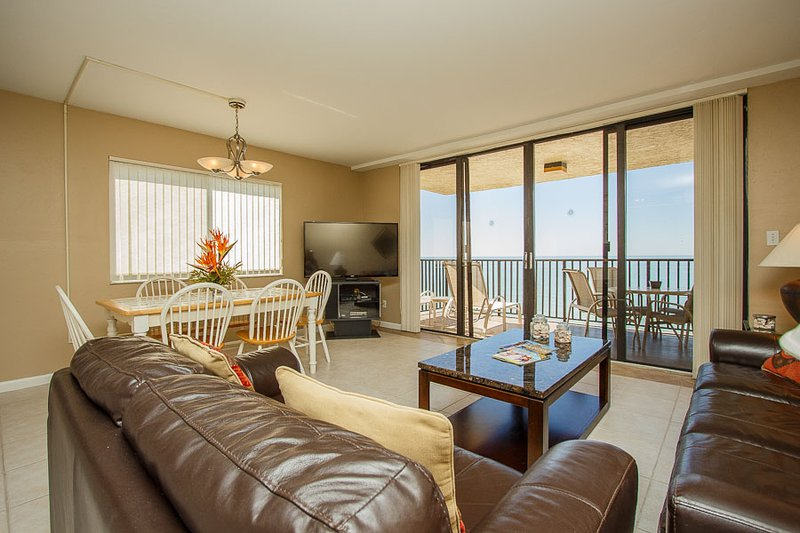 Living Area - SeaWin 801 - Sea Winds - Marco Island - rentals