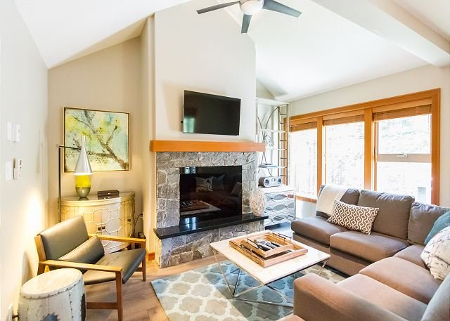 Tastefully Furnished, Luxury 4 Bedroom Townhome, Woodland setting, Ski Home - Image 1 - Whistler - rentals