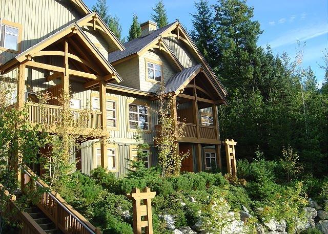 Mountain Star - Ski in / Ski out, Private Hot Tub, Sleeps 6-8, Fabulous Views! - Whistler - rentals