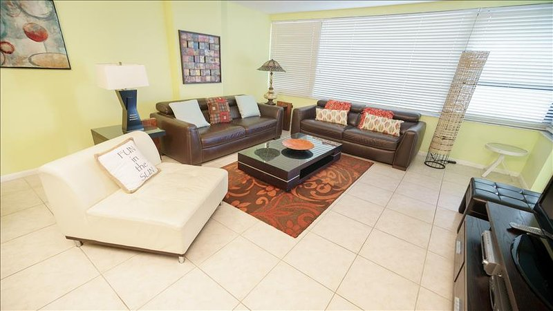 Luxurious Signature Two Bedroom Suite on Millionaire's Row 1AX2ABAH - Image 1 - Miami Beach - rentals