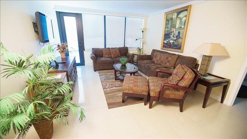 Luxurious Oceanfront Resort Three Bedroom Signature Suite 1AX3GAE - Image 1 - Miami Beach - rentals