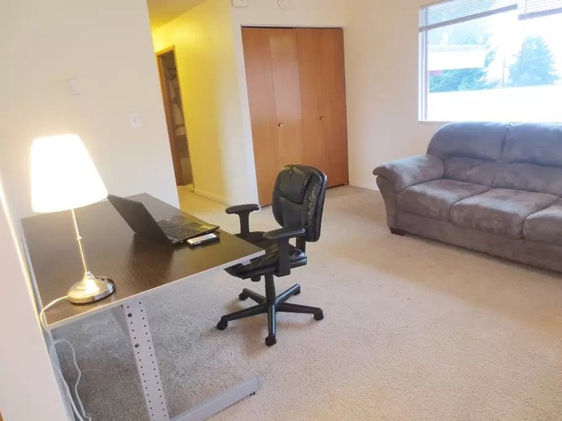 Furnished 1-Bedroom Apartment at 35th Ave NE & NE 65th St Seattle - Image 1 - Seattle - rentals