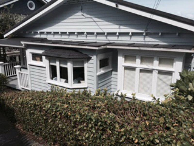 """Accommodation for Discerning Guests -""""Kerr Street"""" - Image 1 - Devonport - rentals"""
