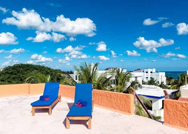 Roof top patio with 2 loungers.  Lovely view of the ocean. - Large 3 story home with charming Mexican decor, private pool & garden - Puerto Morelos - rentals