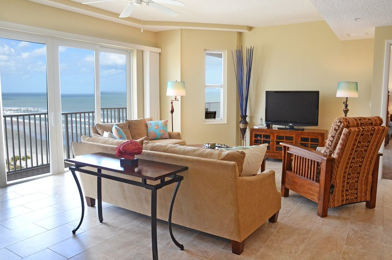 Fall $pecials- Sanibel Condominium #1001 - Ocean/ River View - Image 1 - Daytona Beach - rentals