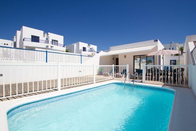 Villa Blanca 2336 - Image 1 - Playa Blanca - rentals
