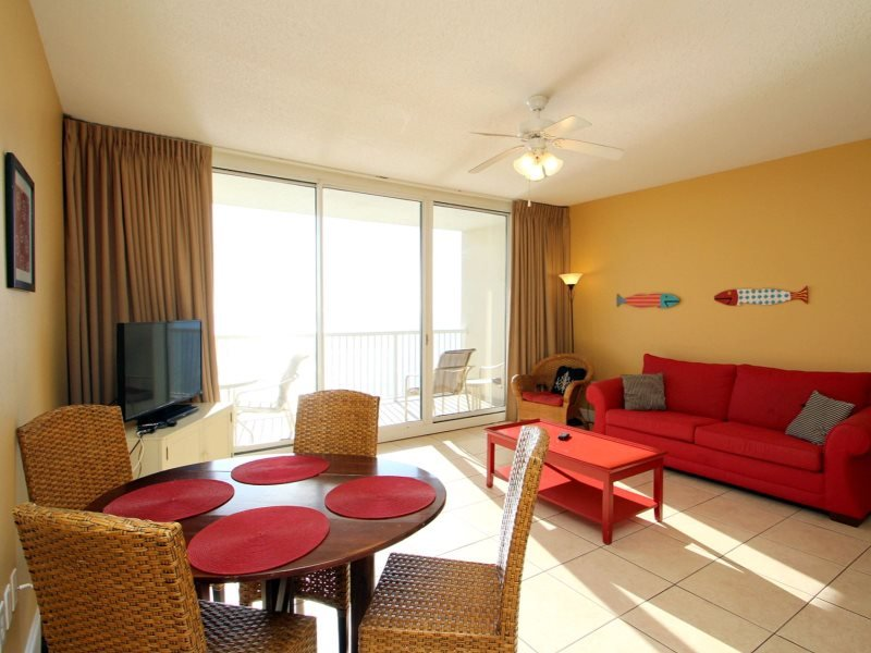Enjoy FREE BEACH CHAIR SERVICE with rental of our Beautiful Beachfront 1 Bedroom, TWO Bathrooms for 6 Guests at Majestic Beach Resort! - Image 1 - Panama City Beach - rentals