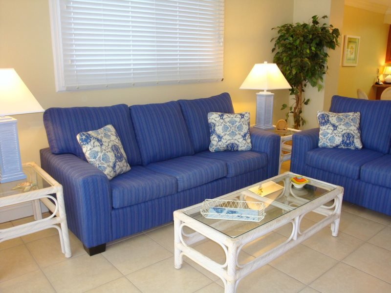 Spring Breakers Welcome! 5th Floor 1 Bedroom with TWO Full Bath unit at Regency Towers - Image 1 - Thomas Drive - rentals