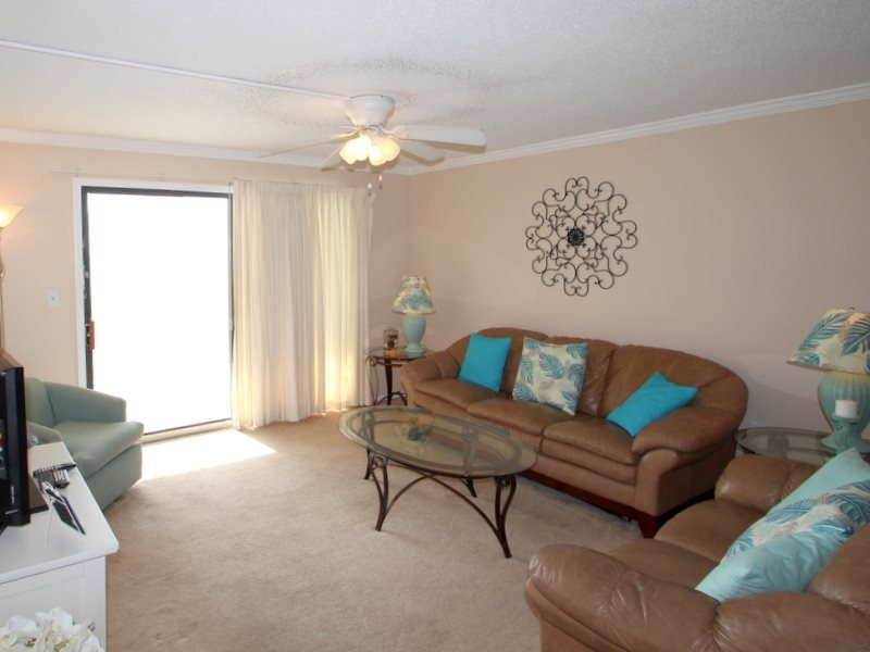 Summer Fun in this 2 Bedroom 2 bath unit on the 10th Floor at Regency Towers- Spring Breakers welcome - Image 1 - Thomas Drive - rentals