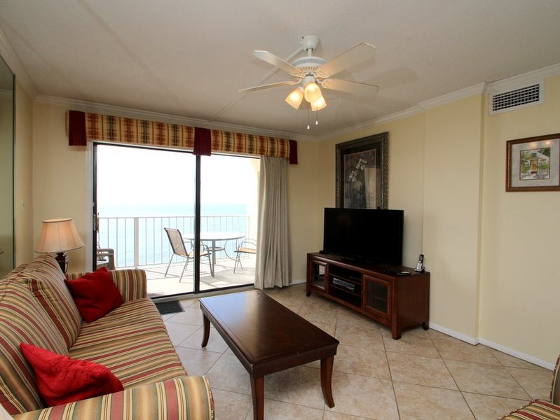 2 Bedroom Beachfront condo with FREE BEACH CHAIR SERVICE at Regency Towers - Image 1 - Thomas Drive - rentals
